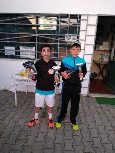 Tiago Valentim Vence Torneio Jovens Campeões